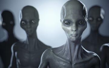 الصورة: رجل يزعم اختطافه على يد كائنات فضائية: سحبتني بشعاع أخضر !