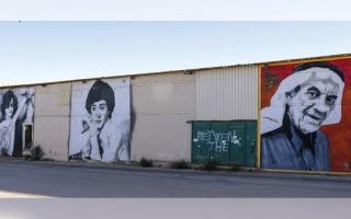 الصورة: «بينالي الدرعية»: 70 فناناً عالمياً في حوار «تتبع الحجارة»