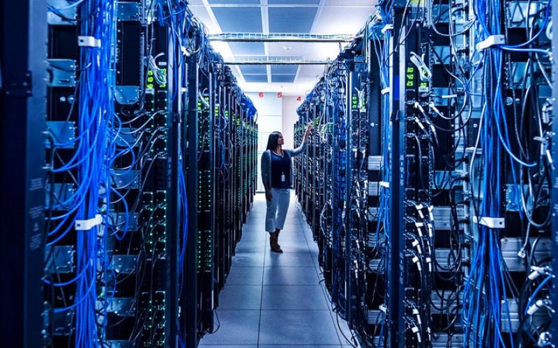الصورة: المعركة من أجل الخصوصية الرقمية تُعيد تشكيل الإنترنت