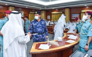 الصورة: بدء توزيع مكرمة حاكم الشارقة على 453 من متقاعدي شرطة الإمارة