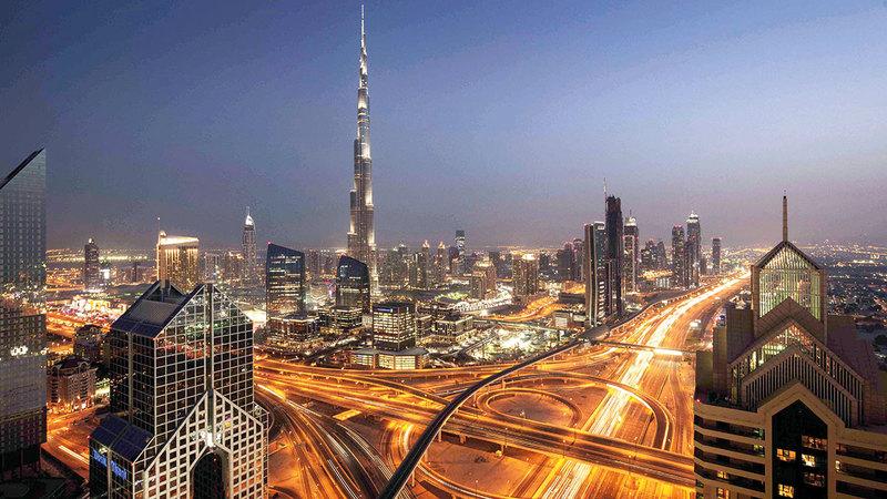 دبي تتيح للمتعاملين مع الجهات الحكومية سداد رسوم 1200 خدمة عن طريق «بوابة سداد دبي».  أرشيفية