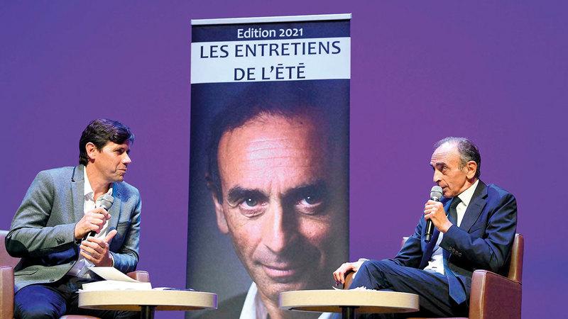 استغل زمور موقعه الإعلامي لنشر أفكاره بين الفرنسيين. أرشيفية