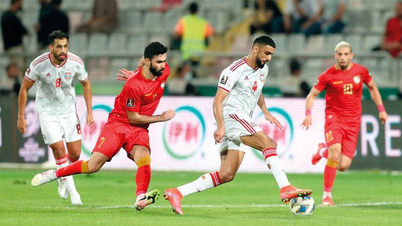 المنتخب الوطني تعادل مع سورية في الجولة الثانية لتصفيات المونديال.    تصوير: أسامة أبوغانم