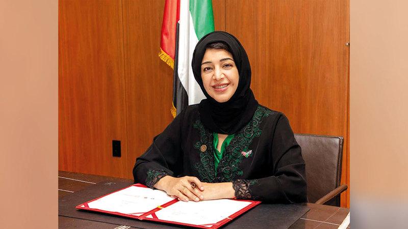 ريم الهاشمي: «المرأة الإماراتية مثال مشرِّف في العمل والإسهام في مسيرة بناء وطننا الغالي».