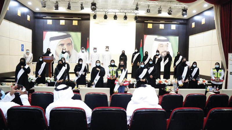 المتطوعون المتميزون خلال تكريمهم.  من المصدر