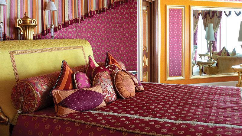 برج العرب مُصنف بين أشهر فنادق العالم.  من المصدر