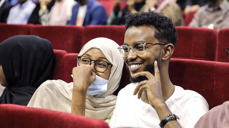 المسرح الوطني الصومالي شُيّد هديةً من الزعيم الصيني ماو تسي تونغ سنة 1967.   رويترز