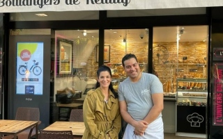 """الصورة: بعد فوزه بمسابقة لـ """"الباغيت"""".. تونسي يجهّز الخبز للرئيس ماكرون لعام كامل"""
