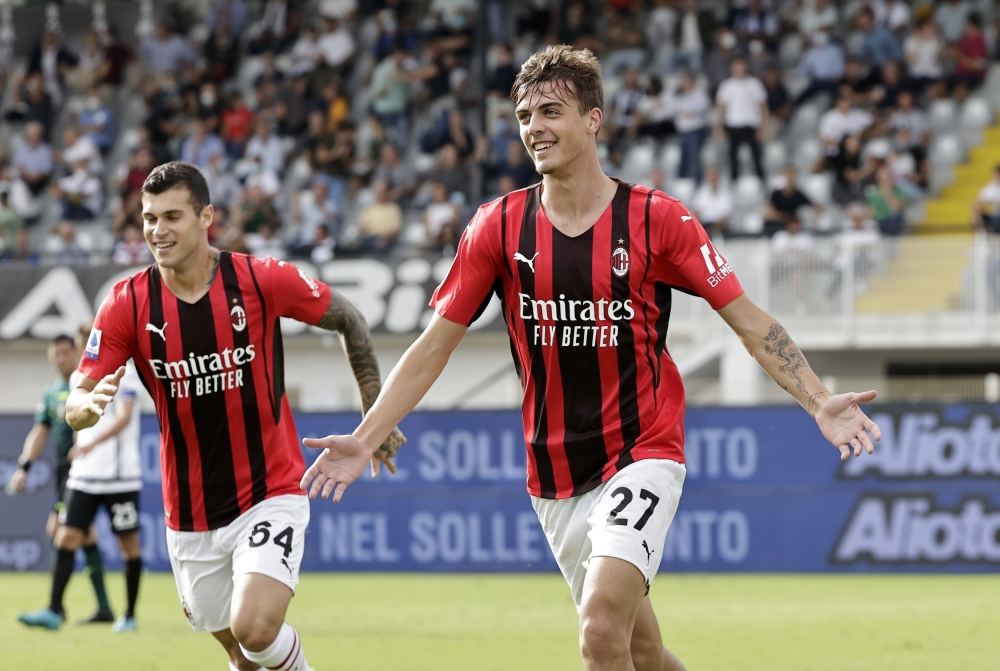 صورة مالديني يسجل في أول مشاركة أساسية.. وميلان يتصدر الدوري الإيطالي