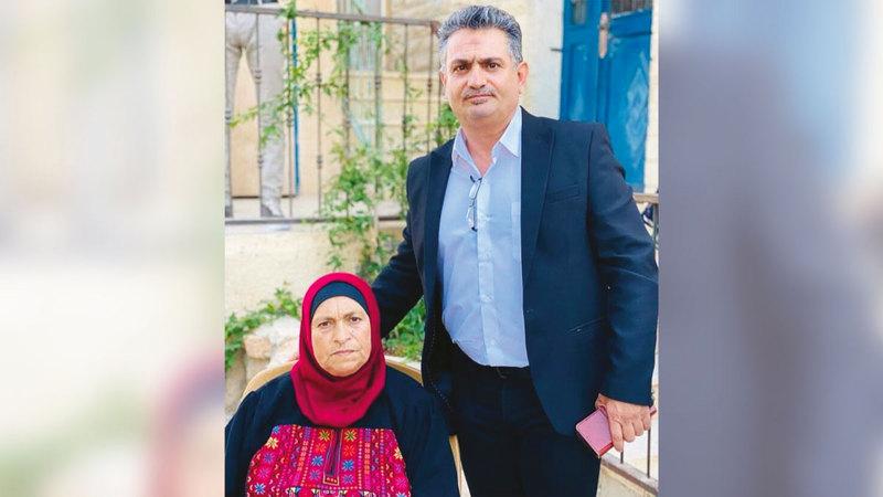 فاطمة بريجية غرست في أولادها حب الأرض والنضال.  الإمارات اليوم