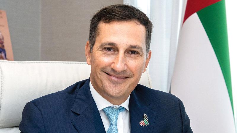 ماسيمو فالسيوني: «نستمر بحماية السيولة النقدية والمستحقات التجارية للشركات الإماراتية، وتسهيل حصولها على التمويل».