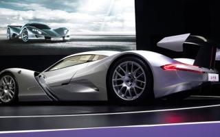 الصورة: محركات.. 4 سيارات كهربائية تتربّع على عرش الأقوى والأغلى عالمياً