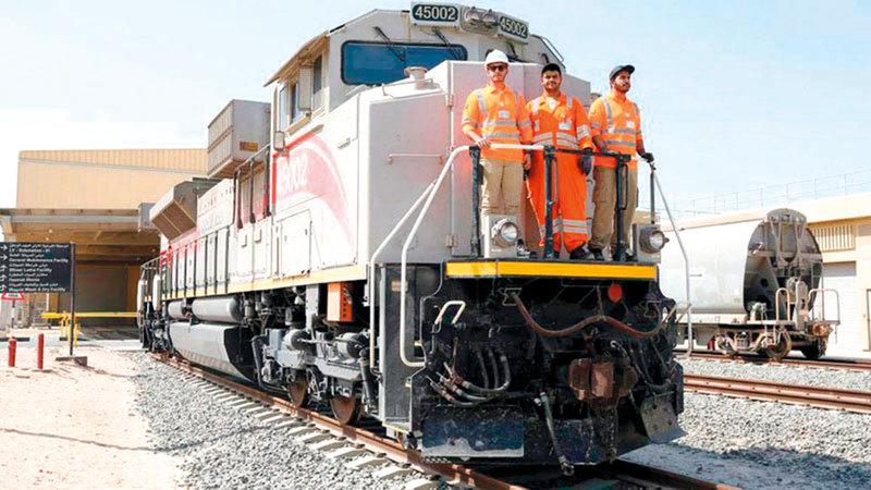 مشروع السكة الحديدية سيربط إمارات الدولة.   من المصدر
