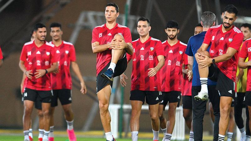 تيغالي لم يشارك مع المنتخب في مباراتَي لبنان وسورية.   الإمارات اليوم