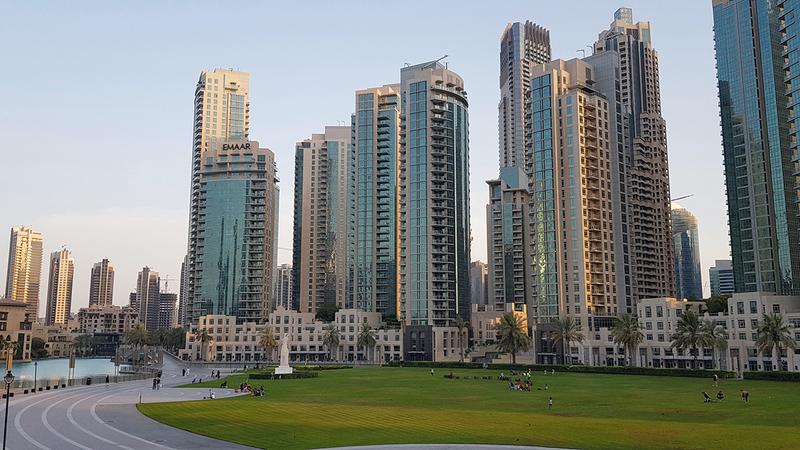 عقاريون أكدوا أن هناك طلباً قوياً على عقارات دبي منذ بداية العام الجاري.   أرشيفية