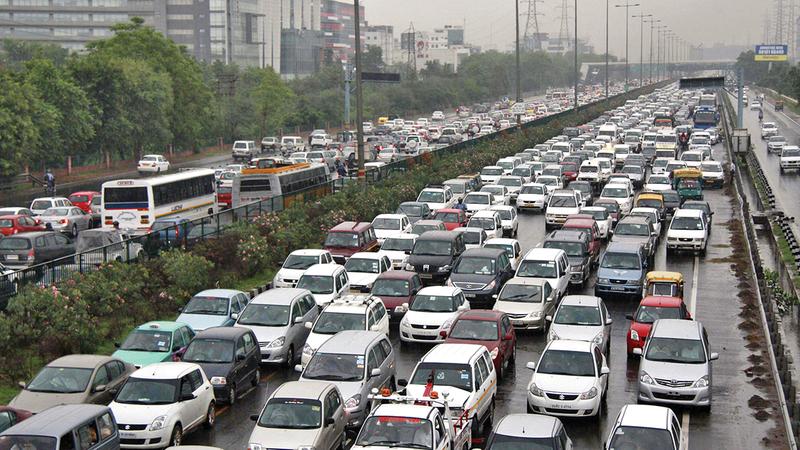 ازدحام مروري في الهند.  من المصدر
