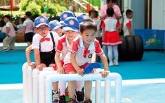 الصورة: آباء في الصين يختطفون أبناءهم بهدف الحضانة
