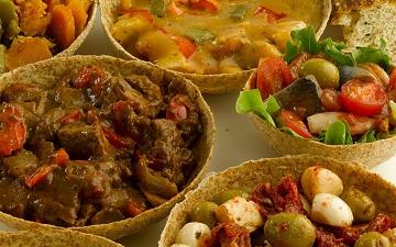 الصورة: إكسبو لايف.. عبوات طعام صالحة للأكل.. صديقة للبيئة بمذاق رائع