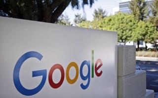 """الصورة: لمساعدة من يعاني صعوبات في القراءة.. """"جوجل"""" تضيف خاصية جديدة إلى كروم بوك"""