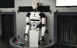 الصورة: «اتصالات» تكشف عن «روبوت» للمهام الخطرة مدعوم  بـ «الجيل الخامس»