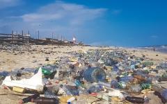 الصورة: تقرير أممي يحذر من تهديدات النمو الحاد للتلوث البلاستيكي في المحيطات