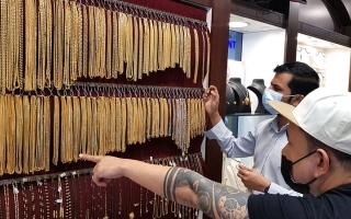 الصورة: تراجع الأسعار وعطلة «المولد النبوي» يدعمان مبيعات الذهب