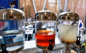 الصورة: عين إكسبو.. «شربات» الزعفران.. يجدد طاقة الزوّار