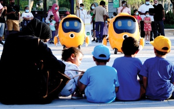 الصورة: عين إكسبو.. جيل الغد ينتظر الروبوتات بلهفة!