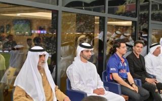 منصور بن محمد يشهد قمة الهند وباكستان على ملاعب مدينة دبي الرياضية