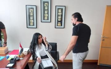 الصورة: أمل عرفة ووائل شرف في بطولة مسلسل سوري اماراتي جديد .. صور