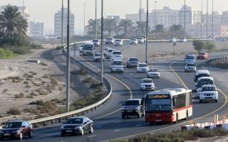 """الصورة: """"سهيل"""" يكشف طريق المواصلات العامة في دبي في بث حي"""