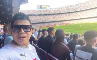 الصورة: عمر كمال يظهر في مباراة برشلونة وريال مدريد بقميص الزمالك (صور)