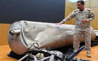 الصورة: التحالف العربي يعترض 5 صواريخ باليستية حوثية استهدفت جنوب غرب السعودية