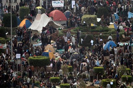 المتظاهرون يتوقعون بان ترغم التظاهرة المليونية الرئيس المصري على الرحيل-أ.ب