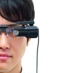 نظارات الفيديو.. متعة محفوفة بالمخـاطر