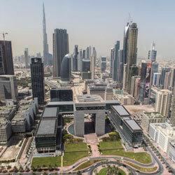 رؤية قيادات الدولة والبنية التحتية عالمية المستوى والأطر التشريعية والتنظيمية جعلت من الإمارات مركزاً للنشاط التجاري والمالي والسياحي. تصوير: أشوك فيرما