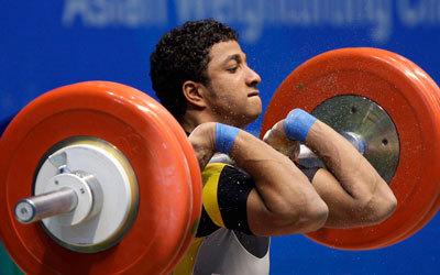 اللاعب الإماراتي عمر خليفة في إحدى المنافسات. غيتي