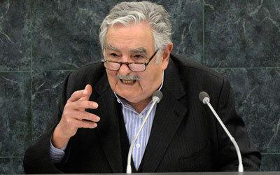 خوسيه يعتقد أن للحكومة الحق بالمتاجرة في القنب. غيتي