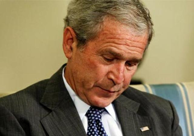 """موقع ساخر: القبض على """"جورج دبليو بوش"""" لحيازته الـ""""كوكايين"""""""