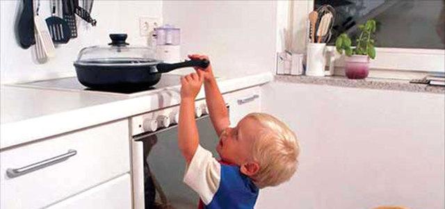 نصائح لأمان الأطفال في المنزل - حياتنا - ملامح - الإمارات اليوم