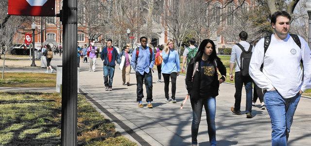 طلاب الجامعات السود في جنوب إفريقيا يشتكون التهميش والتمييز. أرشيفية