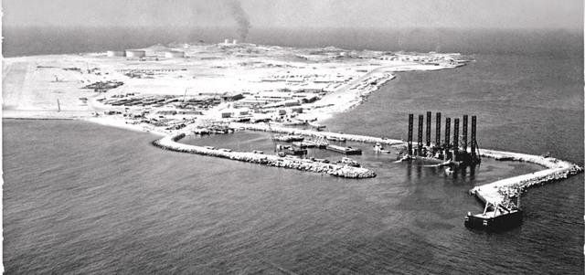 النفط نقطة تحوّل في تاريخ الإمارات