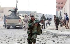 الصورة: قائد الجيش الليبي يأمر ببدء عملية الحسم في بنغازي