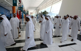 الصورة: رسائل نصية تتضمن خرائط  6 لجان انتخابية في دبي