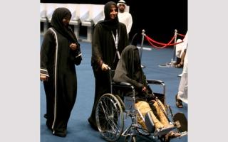 الصورة: كبار السنّ يتصدرون المشهد الانتخابي في أبوظبي