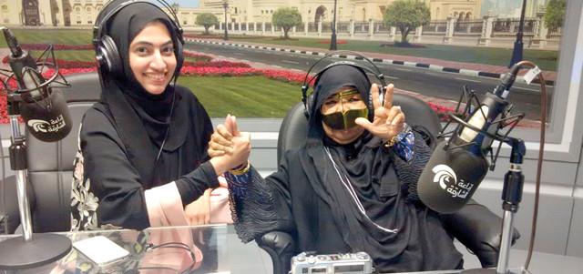 استذكرت شيخة السويدي، خلال مشاركتها في البرنامج، بداية شغفها بالتصوير الفوتوغرافي، عندما اشترت أول كاميرا بمبلغ 10 دراهم، لتبدأ بعدها مشواراً طويلاً في احتراف فن التصوير، قبل قيام دولة الإمارات. من المصدر