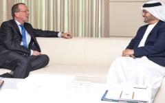 الصورة: قرقاش يبحث مع كوبلر تطورات الملف الليبي