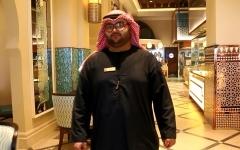 بالفيديو.. قصة نجاح مواطن في قطاع السياحة.. عمر: نحن عرب والضيافة في دمنا