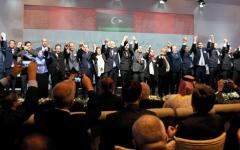 الصورة: تشكيل حكومة وفاق وطني  في ليبيا برئاسة فايز السراج