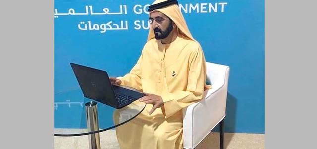 محمد بن راشد يردّ على أسئلة الجمهور عبر «تويتر».الإمارات اليوم